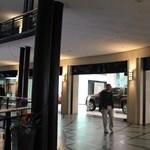 Csili-vili lett a belvárosi autó plaza