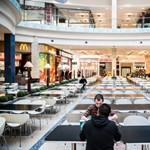 A plázák bukták a legnagyobbat a vasárnapi boltzárral