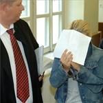 Képek: bíróságon a Pécsi Tudományegyetem letartóztatott dolgozói
