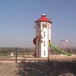 Gyerekeket ért baleset a polgármester által felavatott félkész érdi játszótéren