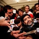 Maradona tanácsokat oszt a hollandoknak