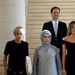 Észrevette, mi a probléma a first ladyk és a meleg politikusférj képével?