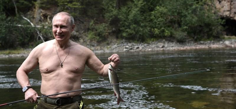Oroszország ma elnököt választ