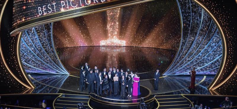 Így ünnepelte az Oscar közönsége az Élősködők stábját