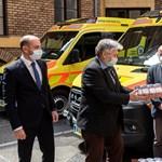Két tonna mézet adtak a magyar mentőknek és ápolóknak
