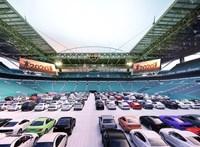 Autósmozivá alakítja stadionját a Miami Dolphins
