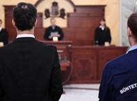 A Kúria öttagú tanácsban bírálhatja el újra a lúgos orvos ügyét
