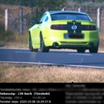 Kamu, hogy 236-tal ment a Mustang, meghamisított képet közölhetett a rendőrség