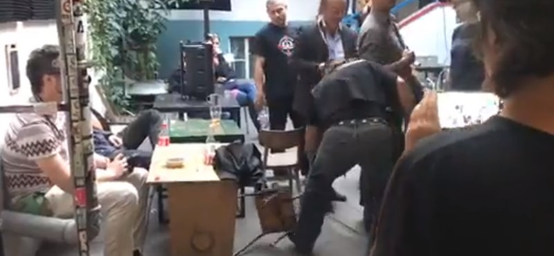 A rendőrség elismerte: hibáztak, amikor nem rakták ki Budaházyékat az Aurórából