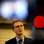 Rétvári szerint nem lenne szabad tragédiákból politikai tőkét kovácsolni