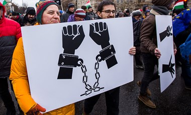 Alig élnek a cégek a rabszolgatörvénnyel