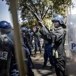A kétharmad ellen tüntető tömegbe lőtt a katonaság Zimbabwéban