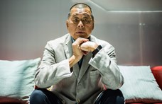 Bemutatjuk a letartóztatott Jimmy Lai médiamágnást, Hongkong védelmezőjét