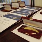 MÚOSZ-életműdíjat kapott Gáti Julianna, a HVG egyik alapítója