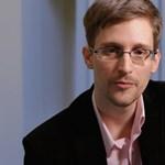 Hazatéréséről tárgyal ügyvédekkel Edward Snowden