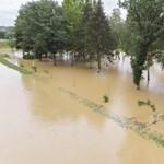 Két gyerek is van a dombóvári vihar halottjai között