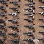 Felfegyverezné a tanárokat Trump, így előzné meg az iskolai lövöldözéseket
