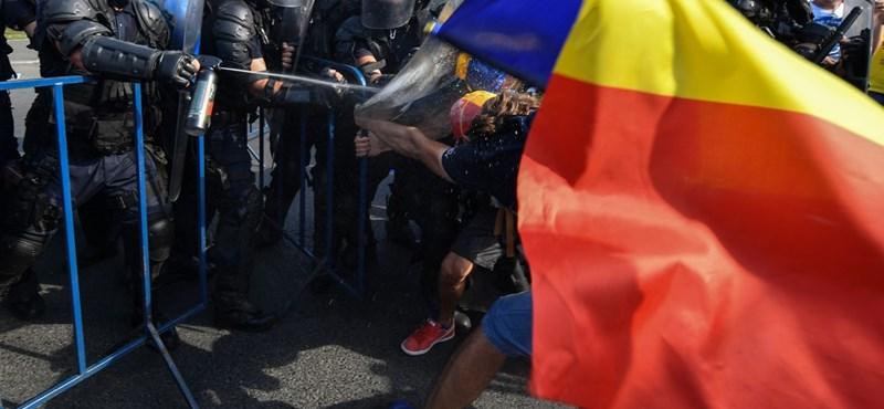 Üzent Bukarestnek az Európai Bizottság a megvert osztrák újságíró miatt