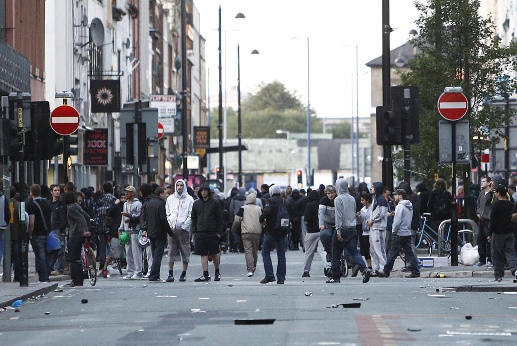 London - zavargások