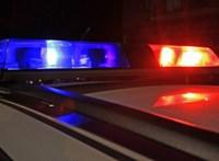 Befőttesüvegekkel dobálta az autókat egy 81 éves férfi Veszprémben