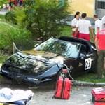 Corvette csapódott a nézők közé egy amatőr autóversenyen - fotók