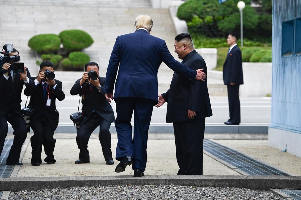nagyítás afp.19.06.30. Donald Trump, Kim jong Un