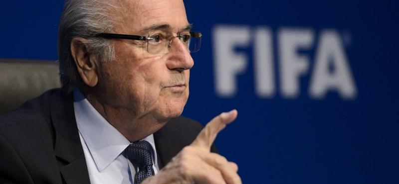 Blatter még újévkor is FIFA-elnök akar lenni