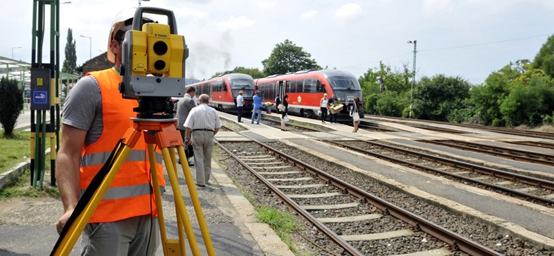 Vasúti felújítások: egymilliárd forintból 6 másodpercet spórolunk a menetidőn