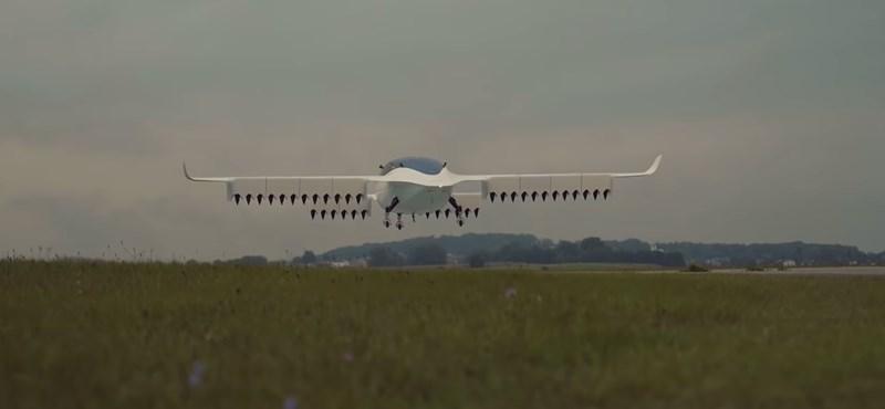 Videó: Simán repül az elektromos taxi, ami 300 km/h-val szállítana utasokat