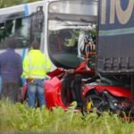 Megvette, majd 2 óra múlva rommá törte a Ferrarit – fotó