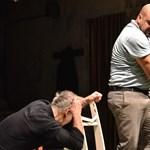 Hajléktalan lesz a Radnóti Színház?