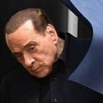 Berlusconi beszólt Macronnak és feleségének