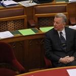 Schmitt-jelentés: az egyetem tudomásul veszi, hogy Réthelyiék nem csinálnak semmit