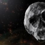 Lekési a Halloweent a koponya alakú aszteroida