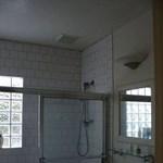 Ötletes fürdőszoba felújítás 3 négyzetméteren