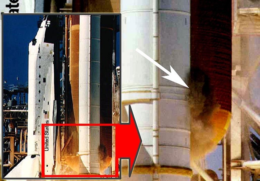 wiki_! Challenger-katasztrófa, 1986.01.28. Fekete füstpamacs figyelhető meg a Challenger jobb oldali gyorsítórakétájának alsó csatlakozásánál