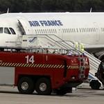 Érdemes megnézni, hogyan startolt át egy Air France gép