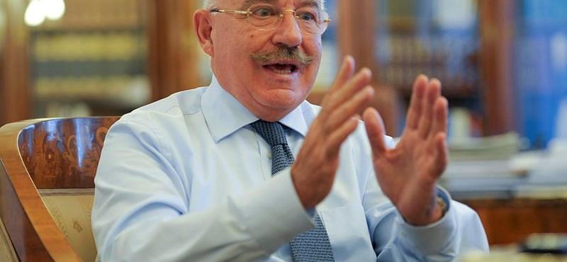 Martonyi: Oroszország valótlanságok sorát állítja