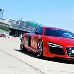 Ezzel jár munkába a Vasember is - kipróbáltuk az Audi R8 e-tront