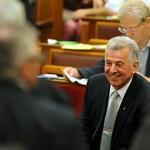Schmitt Pál is helyet kapott a plagizáló politikusok top 10-ében