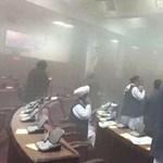 Megtámadták az afganisztáni parlamentet