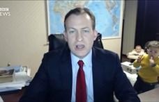 Napjaink ikonja lett a BBC-szakértő, akinek széttrollkodták a gyerekei az élő bejelentkezését