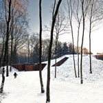 A dombnak álcázott ház