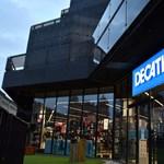 Kinyitottak a Decathlon áruházak