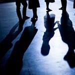 Így segítene a kormány a csajozásban: lesz táncház és Bergendy zenekar