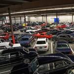 140 autóritkaságból áll ez a szerény gyűjtemény, amit most elárvereznek