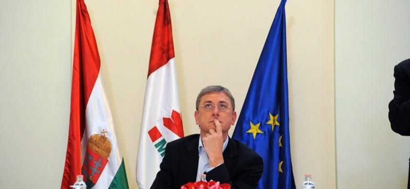 Az MSZP pártszakadására számít a Demorata Párt