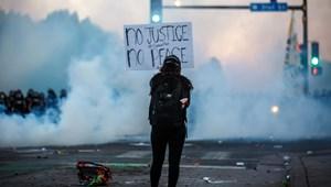 Jeffrey Sommers: Amerikai egyesült rendőrállamok
