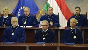 Az alkotmánybíróságon buktathatják el a kötelező szakmai érettségit