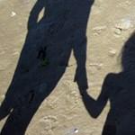 Már nem sokáig fenekelhetik el gyerekeiket a francia szülők